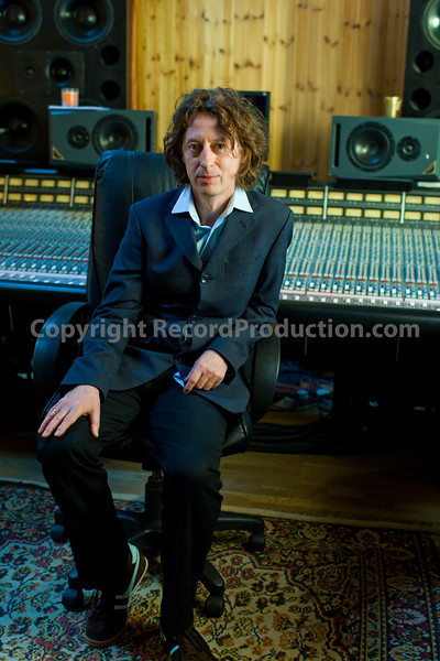 Laurie Latham, record producer at Helicon Mountain recording studios UK |  Visit the Laurie Latham producer page on RecordProduction.com