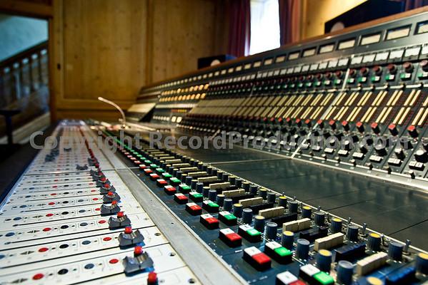 Great Linford Manor Studios + Blake
